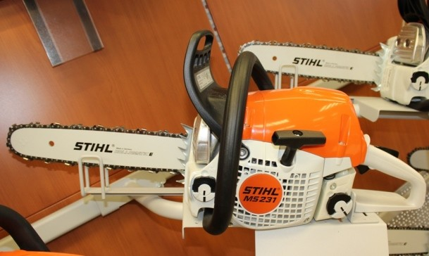 stihl ms 231 benzin motors ge 35 cm. Black Bedroom Furniture Sets. Home Design Ideas